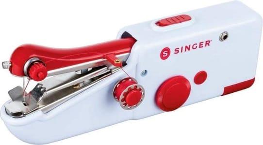 Máquina de Costura Manual à Pilha Singer